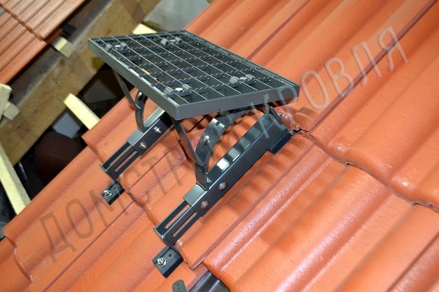 Fakro Универсальная ступенька RSB 45 на скате
