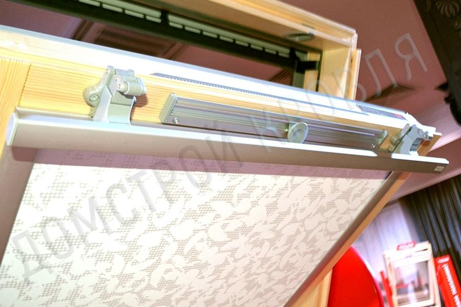 Velux GZR Оптима Стандарт. Ручка сверху